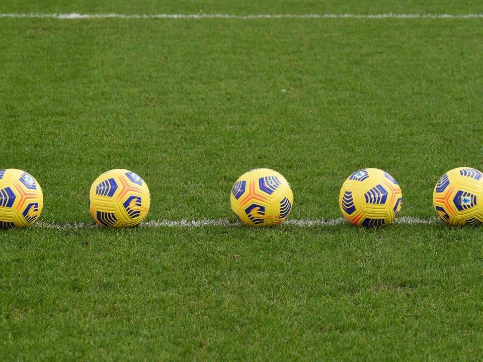 palloni sul campo